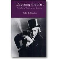 DelGaudio 1993 – Dressing the part